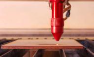 Znakowanie drewna i powierzchni drewnopodobnych. - znakowanie drewna Boltmark na ploterze CNC 0002 AdobeStock 258340711