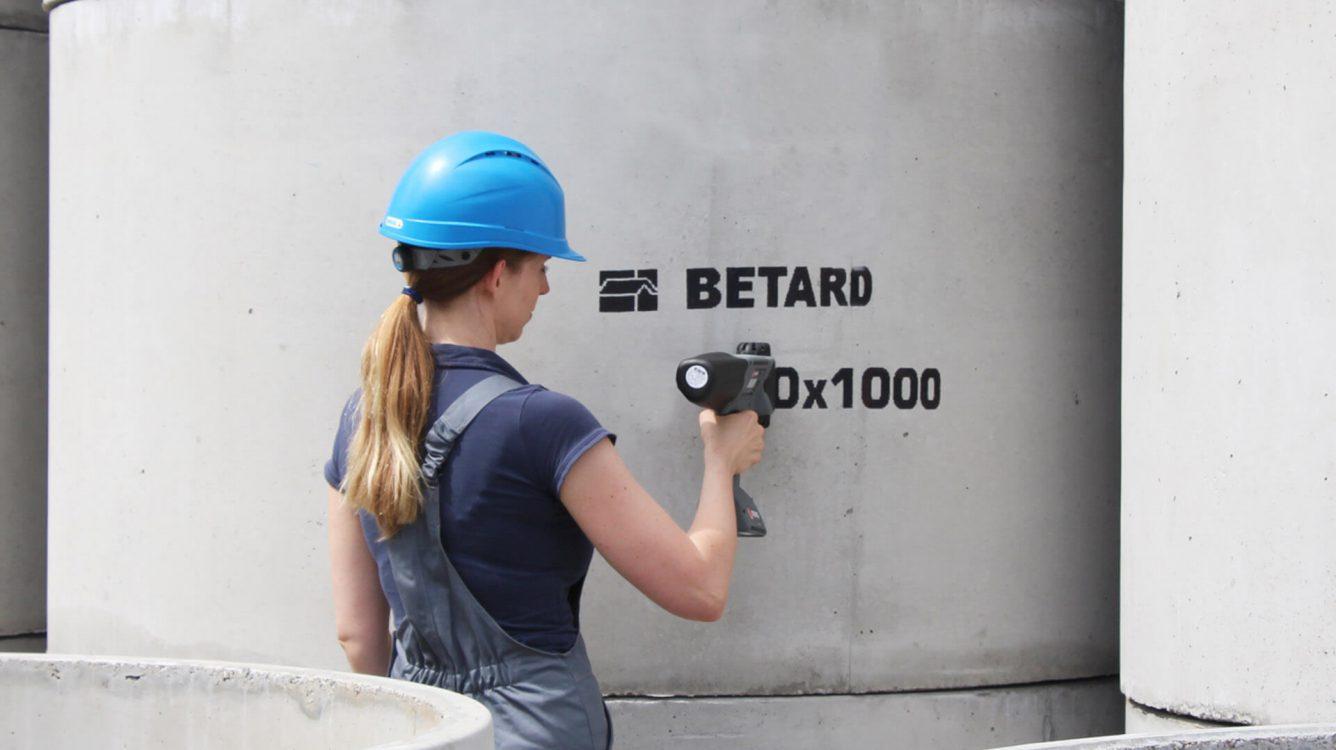 Znakowanie betonu i prefabrykatów betonowych - rozwiazania beton 0006 Film 2013 07 03 064