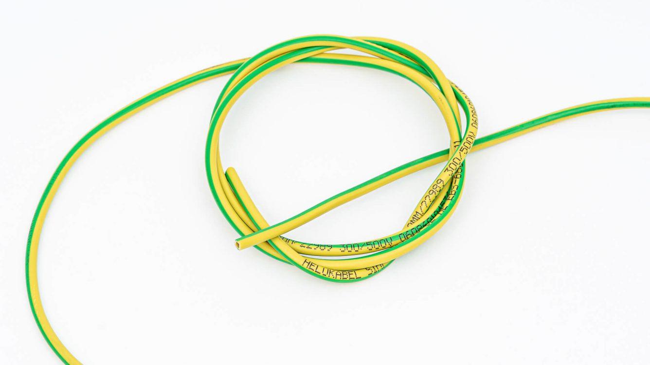 Przemysł kablowy - kabel żółto zielony czarny wydruk EBS 6800P DSC00055 e1601029054347