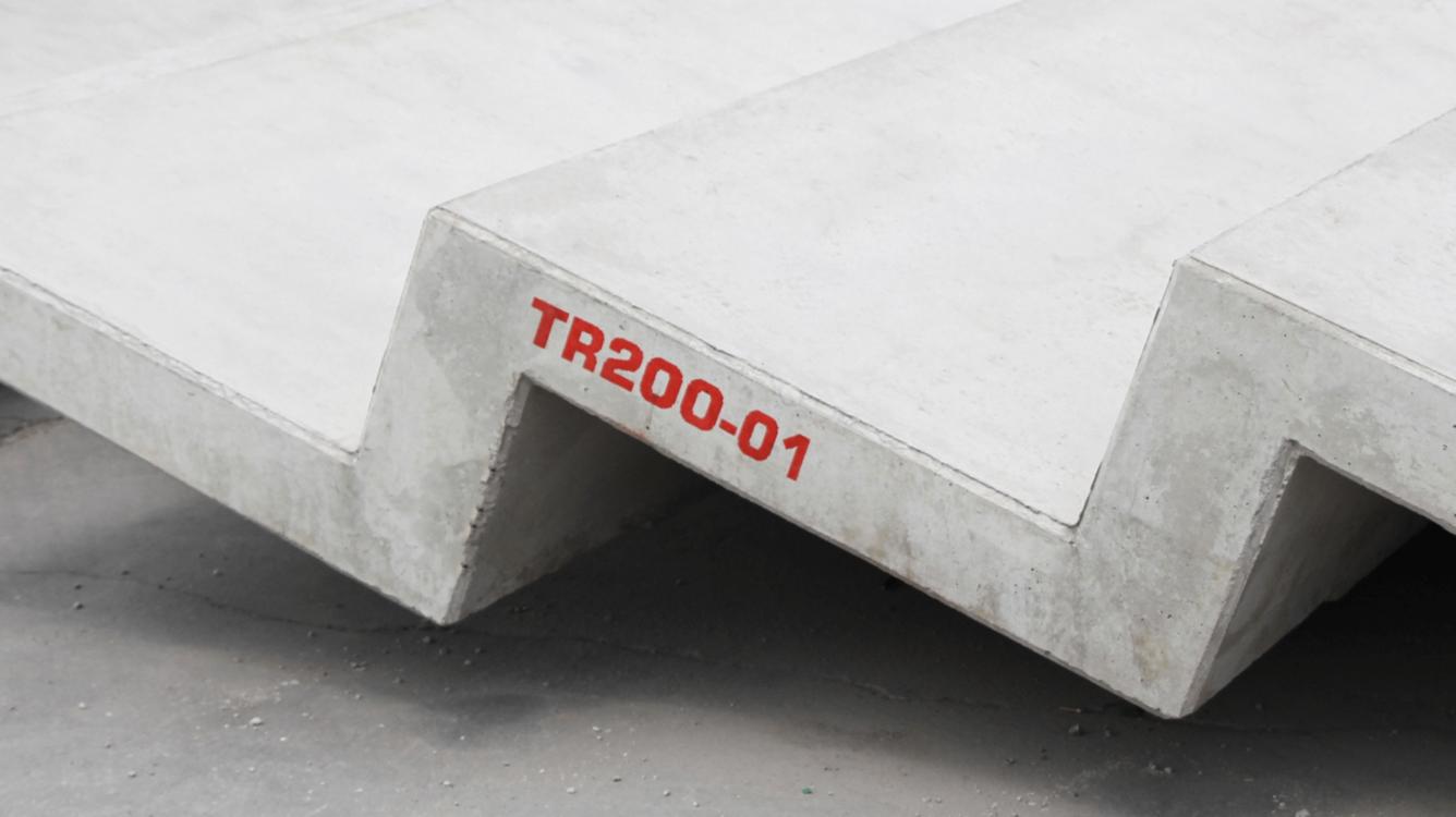 Znakowanie betonu i prefabrykatów betonowych - Handjet EBS 260 znakowanie prefabrykatow betonowych 5